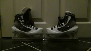 Bauer Reactor 4000 JR Goalie Skates Size 2.5