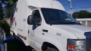 2012 Chevy Savanah 12ft Box Truck for Sale