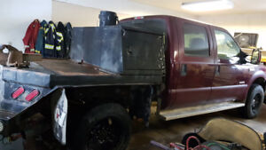 2006 Ford F-350 Pickup Truck w/ deck and tool boxes
