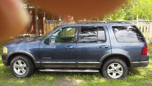 2004 Ford Explorer PARTING OUT