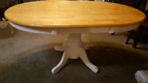 Solid Oak Pedestal Dining Table and 4 chairs $125 OBO