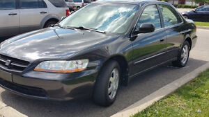 "2000 Honda Accord Only 140000km ""Mint Condition"" certified 5 spe"