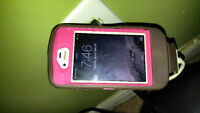 Iphone 4 with pink Otter box. OBO
