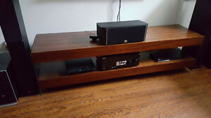 STRUCTUBE TV MULTIMEDIA AND COFFEE TABLE LIKE NEW!