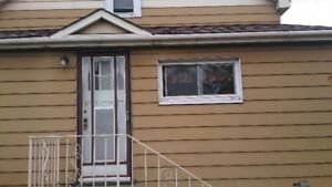 House close to downtown furnished or not short or long term