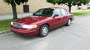 2003 Ford Crown Victoria Berline