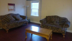 Rooms for rent  *STEPS from MOHAWK college* all included. SEPT 1
