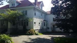 May or Sept. Near Dal. Luxury 5 bedroom, 5 baths $3,200 all in