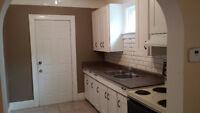 1 Bedroom Duplex Unit in South Walkerville- Available Dec 1