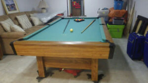 Table de pool  4 x 8  négociable