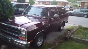 1988 Dodge RamCharger + parts Truck