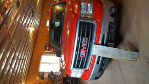 2009 gmc sierra extended cab. 190kms.