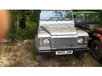 2005 Land Rover Defender 90 Td5 XS A/C County Station Wagon, Damaged / salvage