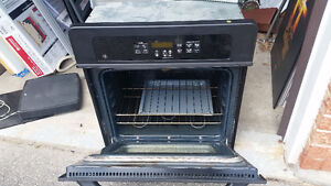 """GE WALL OVEN27"""" Electric Convection Self-Cleaning Single Wall Ov"""