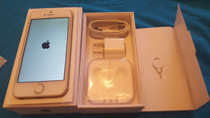IPHONE SE PERFECT CONDITION WITH APPLE WARRANTY.