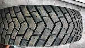 Set of winter tires P195/70R14 Cornwall Ontario image 1