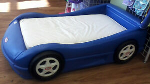 Lil Tykes Car Bed