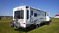 2011 Sabre Silhouette 26 Foot Travel Trailer