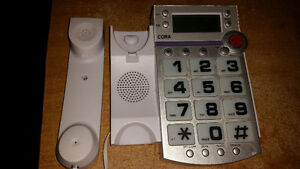 large button phone with 10 day warranty. only 9$................ London Ontario image 2