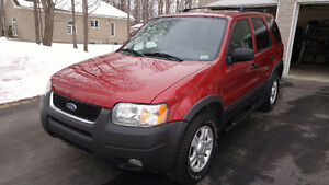 2003 Ford Escape XLT 4X4 Leather SUV, Crossover