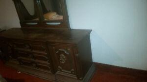 Ensembre de chambre Style Gothique Médiéval - Antiquité Bedroom