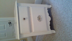Vintage style night stand