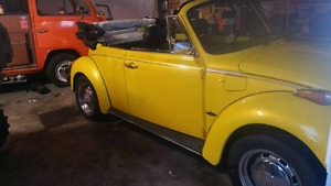 Beetle, coccinelle, 1973 convertible.