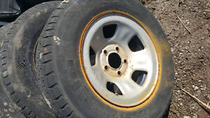 4 GM 15in rims and tires