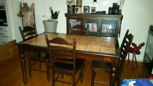 Harvest dining table with ceramic tile top