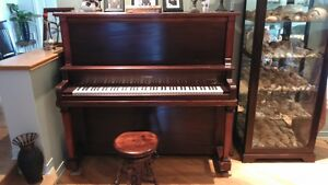 upright PIANO droit