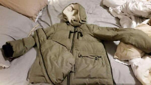 *NEW PRICE*Thyme maternity winter jacket