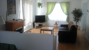 Chateauguay - Deluxe room for rent in townhouse on big park !