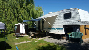 1998 Gulfstream Conquest 26ft fifth Wheel