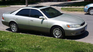 1999 Lexus ES 300 as is, part out or trade