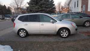2008 kia rondo quick sale clean no accidents and new etest $3000