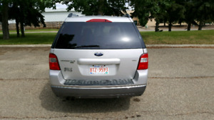 2007 Ford freestyle SEL AWD  3200 OBO