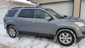 2008 Saturn Outlook XR 239200km $5300 OBO