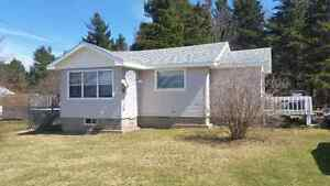 3 bedroom cottage in pugwash for rent daily..great sandy beach