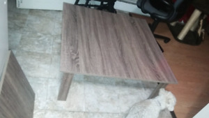 !BRAND NEW! Square Coffee & End Table set!