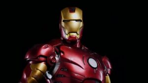 Iron Man 1/4 scale - Maquette by Sideshow Collectibles