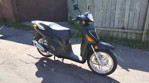 150 cc scooter year 2009 certified