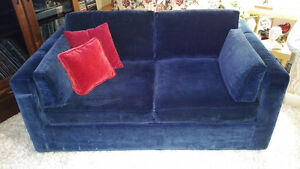 SKLAR PEPPLER COUCH AND LOVE SEAT