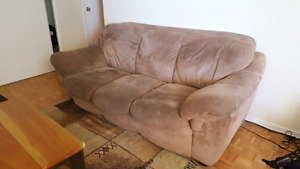 Large Couch - very comfy!