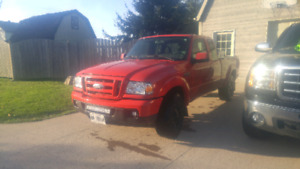 2006 Ford Ranger Sport (VERY CLEAN) ( LOW KMS)