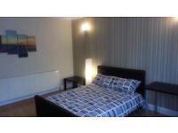 Big Spacious Rooms Near Upton Park