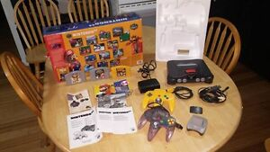 Nintendo 64 Charcoal Grey Console (NTSC) 3 games West Island Greater Montréal image 2