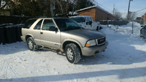 Jimmy gmc 2003. 144000 km