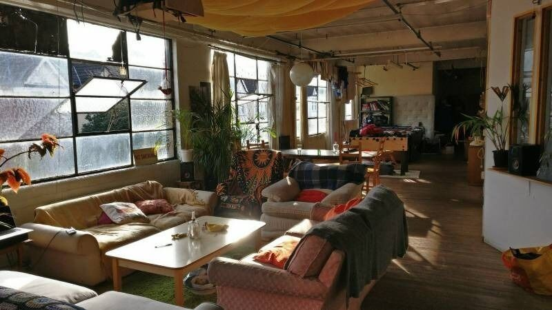 DOUBLE ROOM IN BEAUTIFUL WAREHOUSE