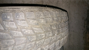 185/75/R14 tire and rim (1 only)