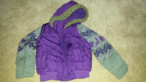 Girls size 6 thick sweater
